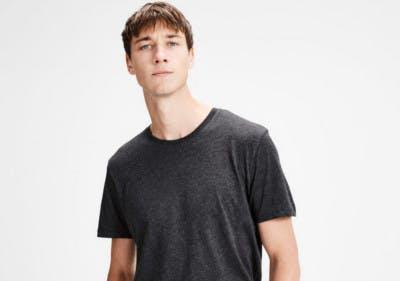 Sparen beim T-Shirtkauf mit einem Rabattgutschein