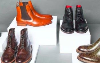 Moderne Kleidungsstücke bei Herrenausstatter kaufen